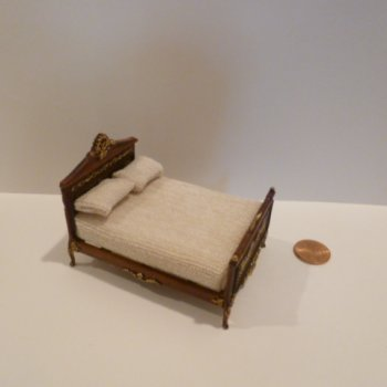 "1/2"" Scale ""Anastasia"" Bed NWNG"