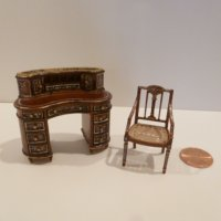"1/2"" Scale Desk & Chair hand painted NWN By Bespaq"